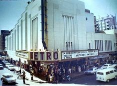 Metro cinema, Johannesburg. The Metro Theatre became the leading social gathering place for Johannesburg cinemagoers who had never seen such luxury before. The awesome splendour and size of the auditorium have never been equalled in South African history for a single screen cinema.