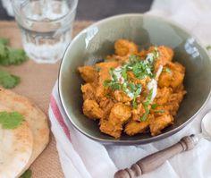 Het recept voor kip tandoori, uiteraard zonder pakje en met eigen kip tandoori kruiden. Een heerlijk recept welke je binnen 30 minuten op tafel zet.