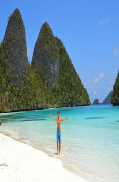 Raja Ampat. Complete guide to the paradise in West Papua