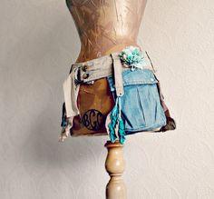 Upcycled Jeans femmes sac banane Boho Hip par BrokenGhostClothing