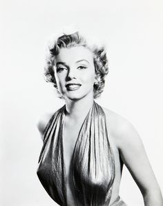 """""""Marilyn Monroe photographed by Frank Powolny 1952 """""""