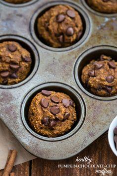 {Skinny & Healthy} Pumpkin Chocolate-Chip Muffins