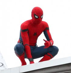 Tom Holland Photos Photos - Tom Holland On The Set Of 'Spiderman: Homecoming' - Zimbio