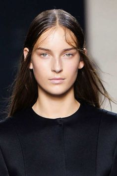 Modeconnect.com - Daily News - 16-9-2014 – Get the catwalk look! @ NARSissist & @ ChristopherKane team up to produce a full make up line  - via - The Cut