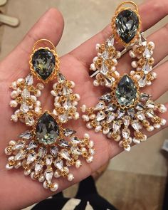 Do the Royal twist  Aren't these earrings just #Goals ? Get them exclusively on www.prerto.com