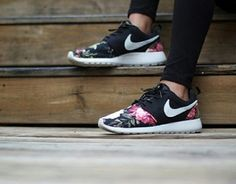 new style f6ecf d6074 shoes nike floral roshe run nike roshe run.maybe for when i move to the  rose cityCool Stuff We Like Here org , nike roshe run over off now a pair!