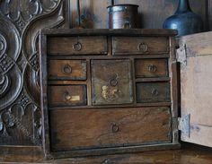 17th Century Oak Spice Cupboard - Antiques Atlas