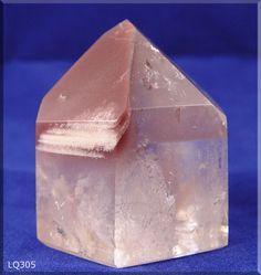 Lithium Quartz Rare and beautiful Minerals And Gemstones, Crystals Minerals, Rocks And Minerals, Stones And Crystals, Natural Gemstones, Healing Rocks, Crystal Healing, Lithium Quartz, Heart Chakra