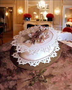 http://cakesdecor.com/BeverleyWayDesigns/cakes