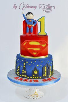 Superman Cake - by JASCakebyMommySue @ CakesDecor.com - cake decorating website