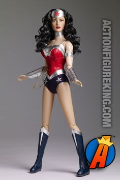 Tonner New 52 16-inch Wonder Woman figure. Visit site for full details including availability and pricing. #wonderwoman #new52 #tonner