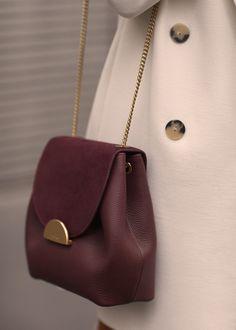 "Edition - Burgundy Undeniably feminine for its sensual curves, ""Number One Mini"" is Polène's signature handbag. The interior has a zippered. Bordeaux, Burgundy Handbags, Cute Mini Backpacks, Floral Embroidery Dress, Small Leather Bag, Beautiful Handbags, Cute Purses, Fabric Bags, Girls Bags"