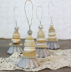 Vintage Tart pans and buttons ornaments...great way to upcycle Granny's old baking pans and tins. Would be really cute if you added wings to make it an Angel!!