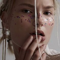 Get an Instantly Radiant Complexion With Glitter Freckles
