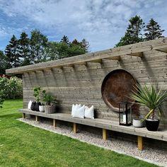 Most Popular Outdoor Patio and Pergola Ideas on a Budget 11 Cozy Backyard, Backyard Seating, Backyard Retreat, Backyard Fences, Front Yard Landscaping, Landscaping Ideas, Zen Garden Design, Fence Design, Patio Deck Designs