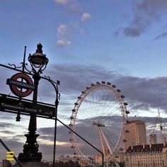 There's thousands reasons why you should visit #London in winter!