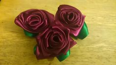 Rose Hair Clip, Single Red Rose, Feathered Hairstyles, Red Roses, Hair Bows, Hair Clips, Headbands, Ribbon, Hair Accessories