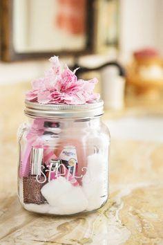 DIY Gifts In A Jar | DIY candy jar | Gifts in a jar