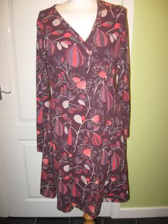 Ladies weird fish size 14 #mahogany/orange print jersey #stretch winter #dress,  View more on the LINK: http://www.zeppy.io/product/gb/2/252729761305/
