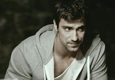 Lovely Eyes, Turkish Actors, Best Actor, Pretty People, Gq, Sexy, Gentleman, Tv Series, Eye Candy