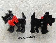 Red Bow Black #Scottish #Terrier #Scotty #Dog Plastic #Button 30mm GK6104 | GemsandKnots - #Craft Supplies on ArtFire #afpounce