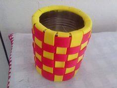 lata decorada con goma eva