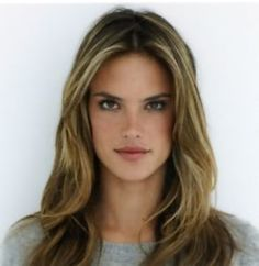 Famous Hairstyle: Alessandra Ambrosio hairstyles