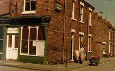 Larchfield Street-Powlett Street