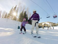 Family skiing and alternative winter activities / Adventure Moms