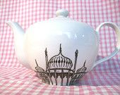 Decorative Porcelain Teapot featuring a hand drawn Brighton Pavilion illustration by Brighton Crock
