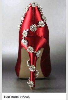 Shoe love! Now taking henna Bookings for 2014 www.MendhiHenna.com Instagram MendhiHenna www.facebook.com/MendhiHennabridalparties #Henna #mendhi #mehndi #mendhihenna #bridalhenna #bridalmehndi #hennatattoo #indianwedding #hinduwedding #indianbride #bridesmaids #bride #sacramento #weddingphotography #wedding #bridalmakeup #indian #punjabi #pray #home #temple #hindu #bridalshoes destinationweddings #shoes #canvas #painting #art #artist #weddingplanner #tattoo #decor #Saree #indianjewelry