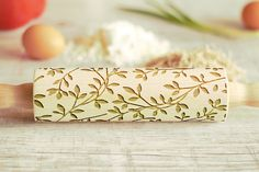 Wooden Engraved Rolling Pin Leaves Pattern Unique Personalized