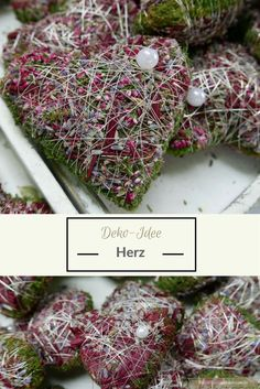 Wochenend-Tipps – Decoration idea: autumn wreath and floral deco heart. Weekend Tips Artificial Bridal Bouquets, Red Wedding Flowers, Hand Flowers, Crochet Fall, Valentines Flowers, Miniature Plants, Autumn Wreaths, Deco Table, Rose Design