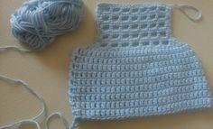 Patrón gratis y paso a paso de pelele bebe recien nacido – Crochet – Comando Craft Filet Crochet, Crochet Top, Crochet Gratis, Crotchet Dress, Crochet Baby Clothes, Tulum, Pattern, Sweaters, Tops
