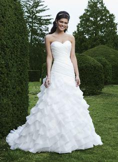 A line Floor Length Organza Sweetheart Wedding Dress With Ruffles