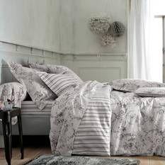 housse de couette coton imprim e effet toile de jouy marquise toile rouge. Black Bedroom Furniture Sets. Home Design Ideas