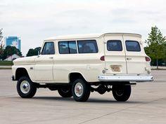 1965_Chevrolet_Suburban