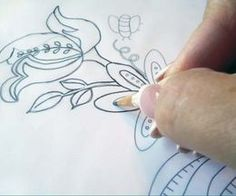How To Transfer An Embroidery Design Hand Embroidery Patterns Embroidery Patterns Paper