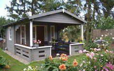 Die ganze Familie zum Frühstück auf der Gartenhaus-Terrasse einladen: mit Lappland-44A kein Problem.