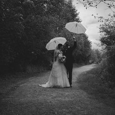great vancouver wedding It may be raining but love is in the air. #vancouver #wedding #rain #umbrella by @trendicreative  #vancouverwedding #vancouverwedding