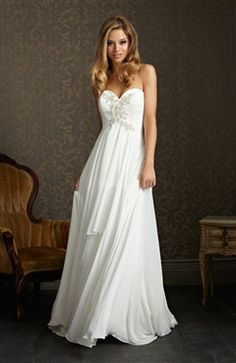 Chiffon A-line Strapless White Sweetheart Court Train Wedding Gown