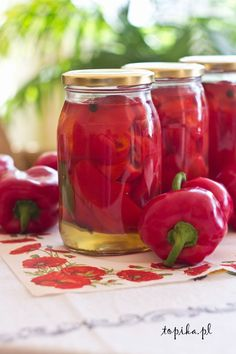 Papryka marynowana z miodem - Topika Canning Recipes, Preserves, Pickles, Salads, Food And Drink, Stuffed Peppers, Homemade, Meals, Salad
