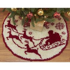 Santa's Sleigh Tree Skirt Latch Hook Rug by TheStitchingGirl Christmas Tree Rug, Christmas Crafts, Xmas, Cross Stitch Embroidery, Embroidery Patterns, Latch Hook Rug Kits, Crochet Santa, Snowman Tree, Crochet Tools