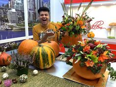 🎃 DIY: beautiful fall decoration centerpiece, simple and easy to make 🎃 Home Decor Inspiration, Fall Decor, Diy Home Decor, Easy Diy, Centerpieces, Pumpkin, Simple, Projects, How To Make