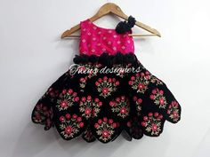Girls Frock Design, Kids Frocks Design, Baby Frocks Designs, Baby Dress Design, Indian Dresses For Kids, Kids Indian Wear, Baby Girl Dresses Diy, Girls Maxi Dresses, Kids Dress Wear