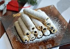 CORNULETE TIGARETE Romanian Desserts, Food Cakes, Sweet Cakes, Cake Recipes, Biscuits, Caramel, Waffles, Good Food, Food And Drink