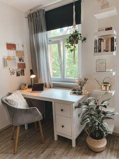 Room Design Bedroom, Room Ideas Bedroom, Bedroom Decor, Minimalist Room, Aesthetic Room Decor, My New Room, House Rooms, Room Inspiration, Home