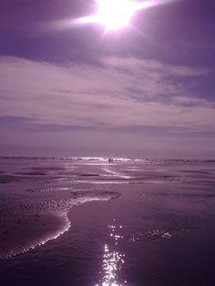 Raglan Beach: ©2011-2012 smudge-92.deviant...