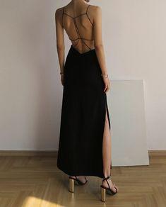 Elegant Dresses, Pretty Dresses, Beautiful Dresses, Formal Dresses, Blackpink Outfits, Fashion Outfits, Dress Fashion, Ball Dresses, Evening Dresses