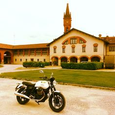Hills & Wheels Motorcycle and Scooter rental in Italy  www.hillsandwheels.it